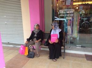 Mak and Mama