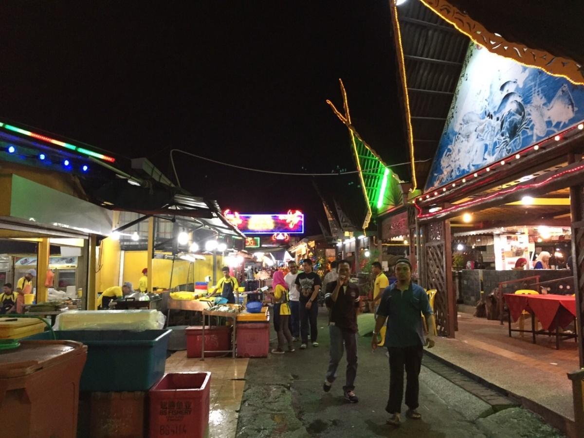 6 Corner @ Senibong Seafood Village